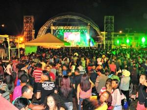 Organização estima que mais de 10 mil pessoas tenham participado do evento (Foto: Vanísia Nery/ G1)